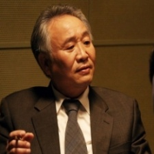 Jong Gu Lee